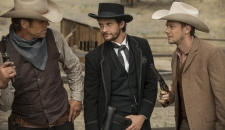 Logan etc Westworld episode 4 Ben Barnes