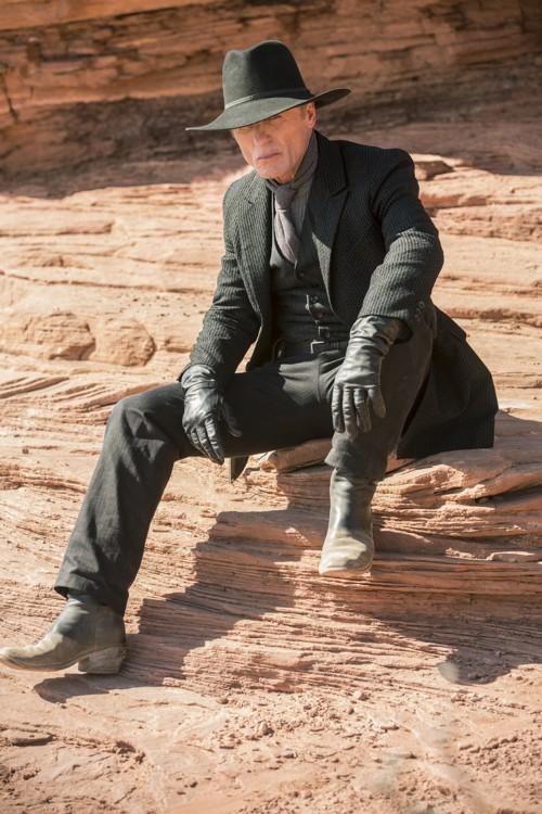 Ed Harris Man in Black Westworld Episode 1 The Original