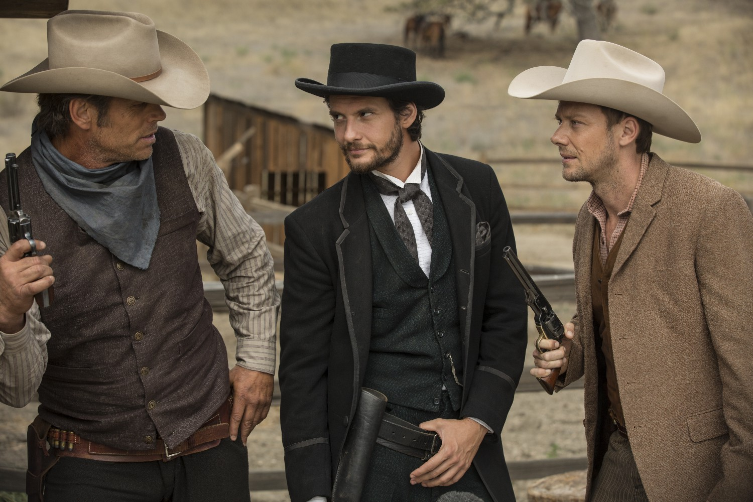 logan-etc-westworld-episode-4-ben-barnes