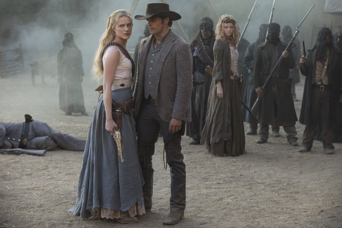 Dolores and Teddy Westworld
