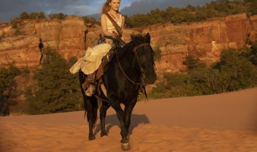 westworld-dolores-evan-rachel-wood-1529706797