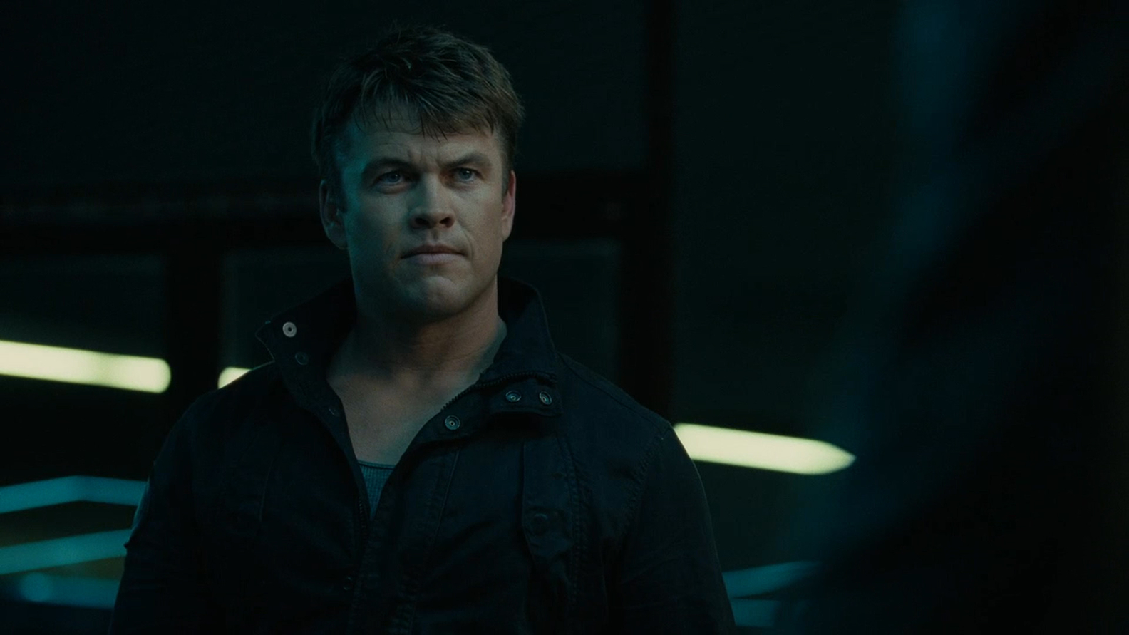 luke-hemsworth_0